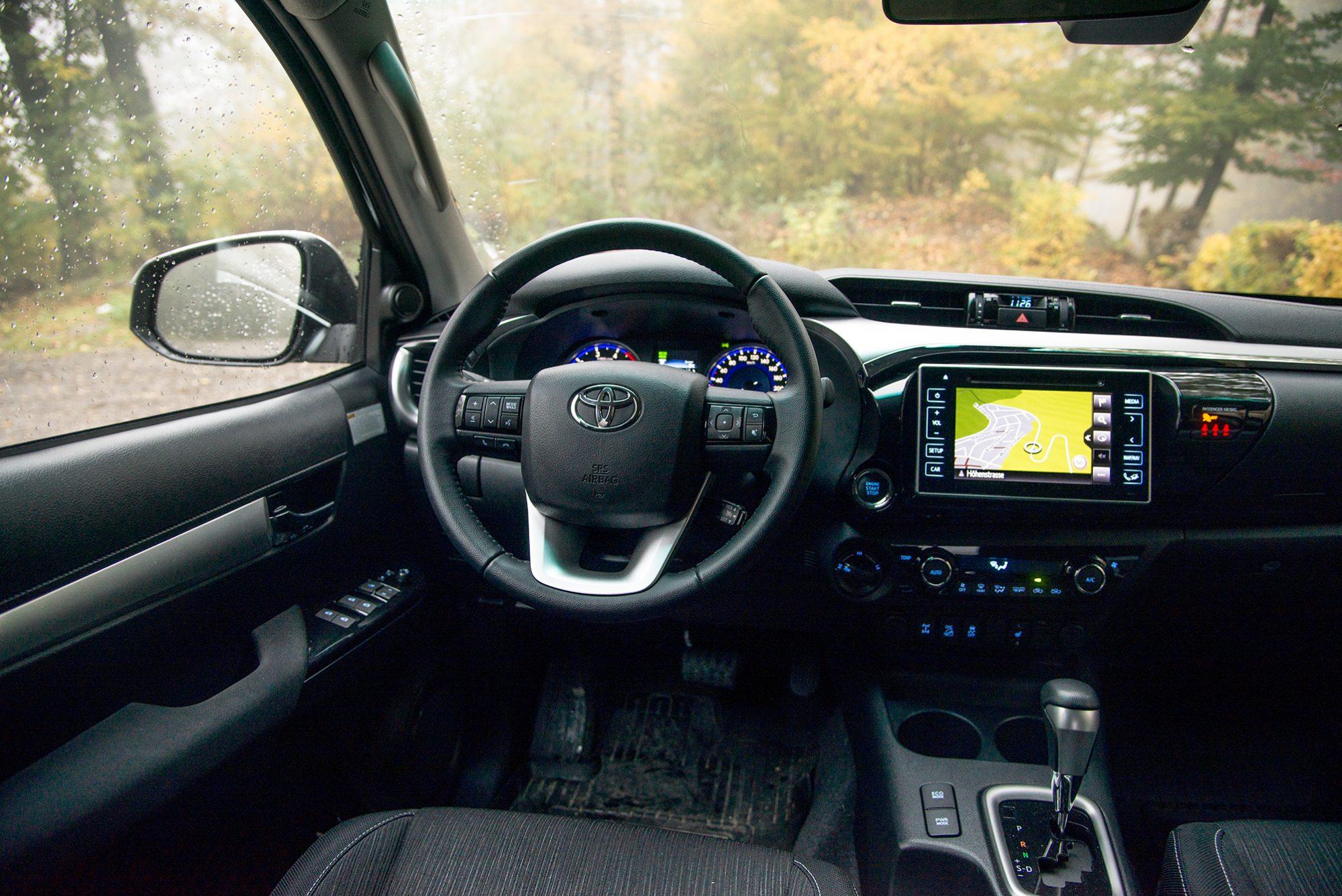 Der seltene Toyota Hilux G-Tribute im Test! - autofilou