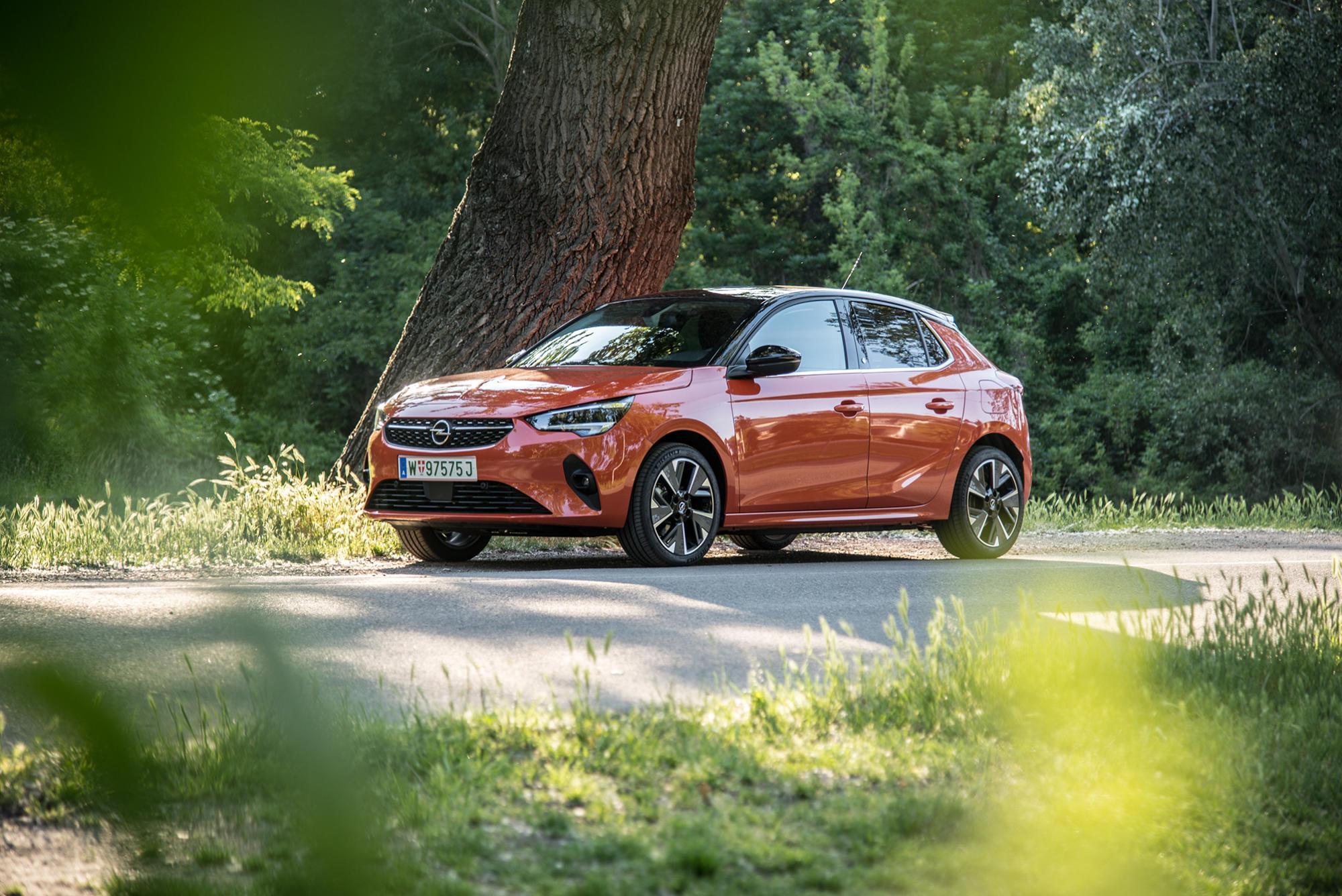 Der 1 phasige Opel Corsa e e Elegance im ersten Test